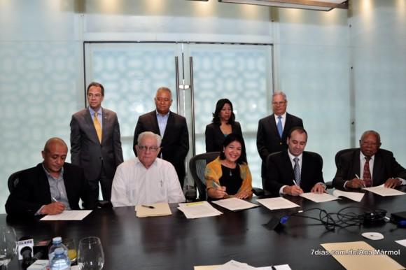 Fundación Falcondo ofrece apoyo a la Casa Museo Cristian Tiburcio de Bonao